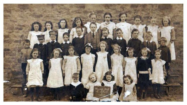 Plump Hill School - Class of 1915